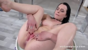 Wetandpissy - Dollhouse spin for wee sopping missy Quinn Lindermann