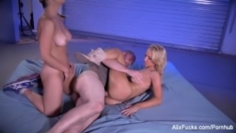 Alix and Sarah fuck a satanic colossal due to the hills