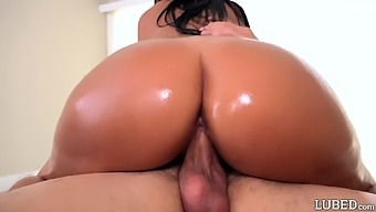 Tanned Brazilian chick Alina Belle gets facial after titjob and pussy fuck
